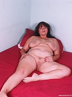 mature unshaved